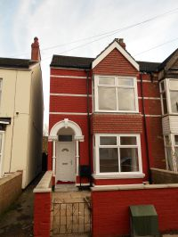 Burke Street , property to let