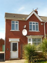 Highfield Avenue , property to let