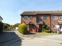 Heron Close , property to let